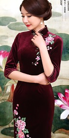 Bargain - Elbow-sleeve Embroidery Velvet Cheongsam (RM)