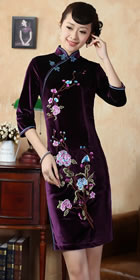 Elbow-sleeve Short-length Embroidery Velvet Cheongsam (RM)