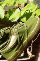 People&#039;s Liberation Army Sneakers (Canvas)
