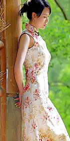 Sleeveless Mid-length Cheongsam (CM)