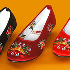 Bargain - Low Heel Floral Embroidery Beaded Shoes (Red)