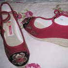 Mudan Peony Embroidery Wedge Heel Shoes (violet red)