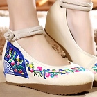 Mid Heel Fan Embroidery Shoes (Beige)