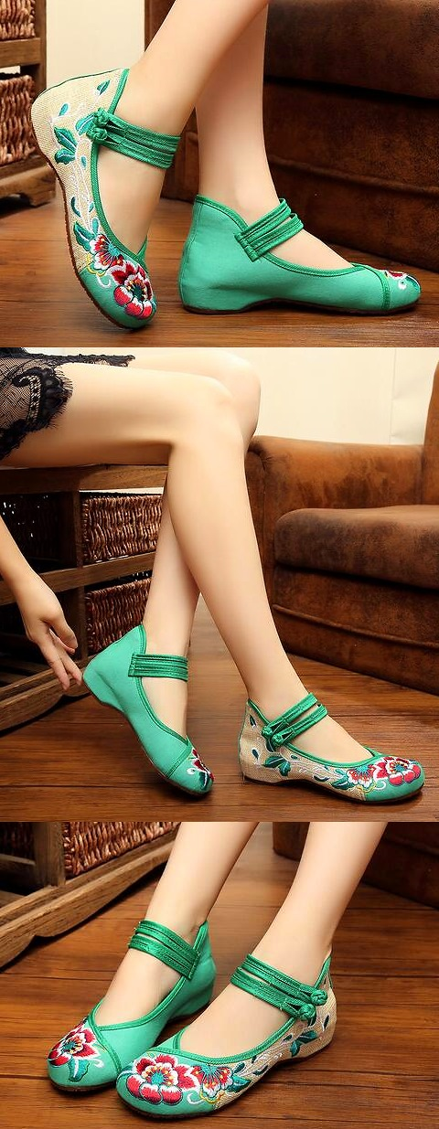 Low-Heel Floral Embroidery Shoes (Green)