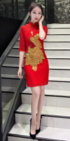 Mid-sleeve Short-length Embroidery Cheongsam (RM)