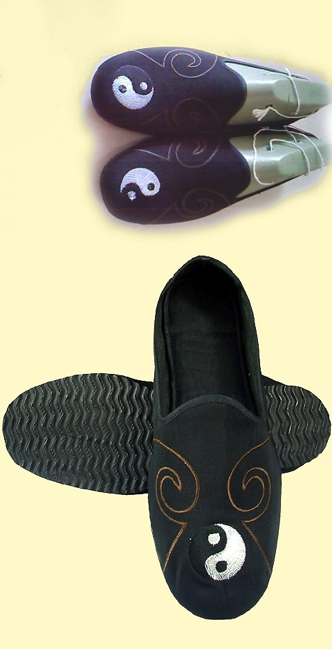 Double Cloud Taichi Cloth Shoes