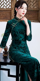 Gorgeous 3/4-sleeve Long-length Embossed Velvet Cheongsam (RM)