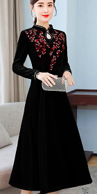 Long-sleeve A-line Velvet Embroidery Cheongsam (RM)