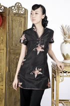 Short-sleeve Floral Embroidery Mini Cheongsam Dress (Black)