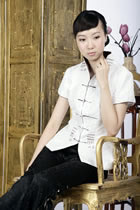 Short-sleeve Embossed Embroidery Mandarin Blouse (White)