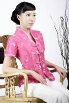 Short-sleeve Floral Embroidery Mandarin Blouse (Fuchsia)