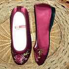 Chrysanthemum Embroidery Shoes (Multicolor)